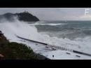 Штормовые волны у берегов Испании. | Storm waves off the coast of Spain.