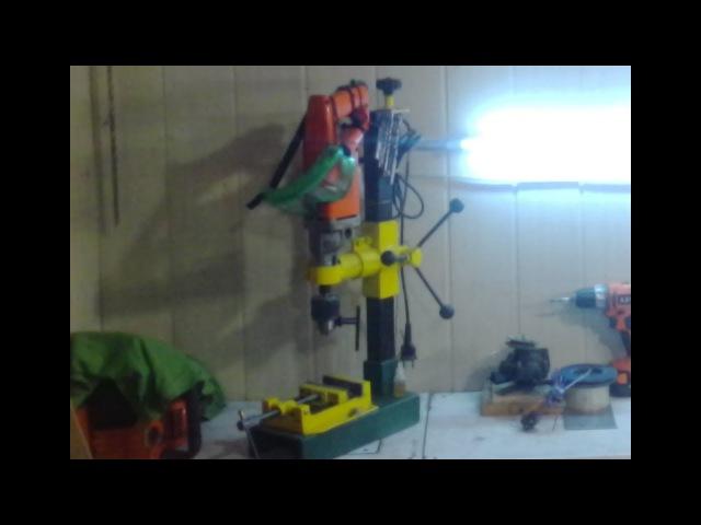 Самодельный сверлильный станок Стойка для дрели своими руками Drilling machine homemade
