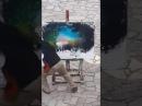 Художник берет краски , наносит мазки ..