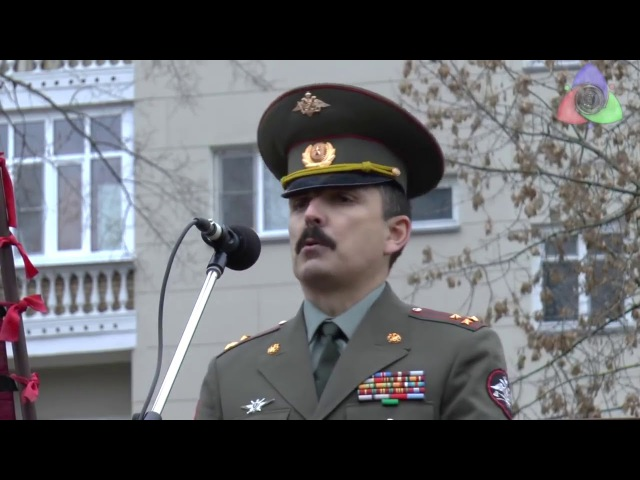 ШОК! СРОЧНО! Такого не покажут на ТВ Российский Офицер выступает на митинге против жуликов и воров