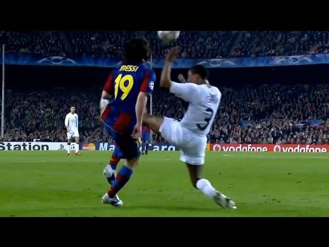 Lionel Messi Humillando a Patrice Evra