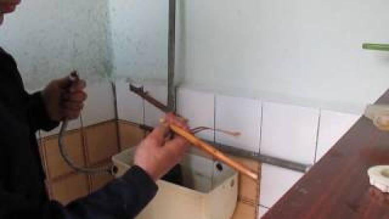 Ремонтируем старый навесной бачок унитаза