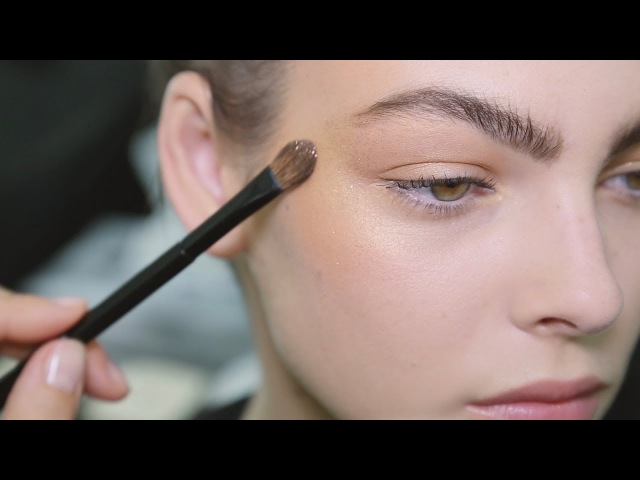 CHANEL Backstage Makeup Look FROM THE SHOW TO YOUR HOME Fall Winter 2018 19 Ready to Wear