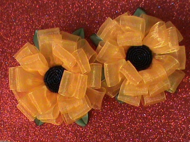 DIY/МК Как сделать бантики-подсолнушки из органзы на резиночках