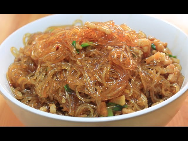 Fried Chinese Vermicelli with Meat 春雨とひき肉の炒め 肉末粉丝