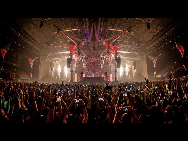 Qlimax 2017 | Official Q-dance Anthem Show | Wildstylez - Temple of Light
