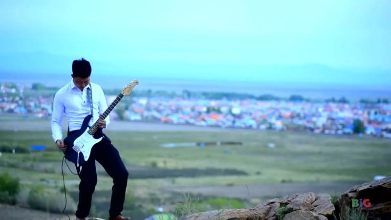 Ulaangom hotiin gudamj new duu Улаангом хотын гудамж Шинэ дуу 2016 HD