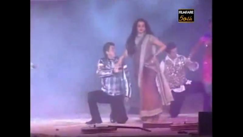 Rekhas performance at 50th Filmfare Awards 2004 (2005)