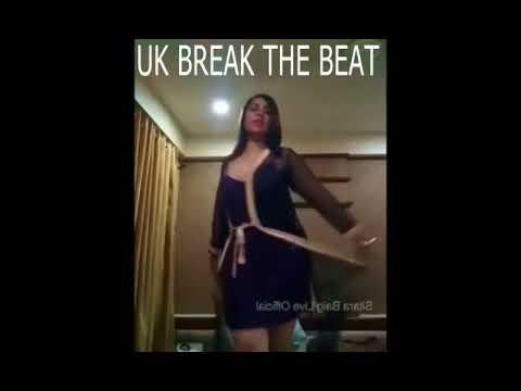 Hot Arshi Khan Dance With Naughty Teddy Bear