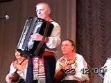 Омский сувенир, музыка А. Корчевого, исполняет автор в сопровождении оркестровой группы хора.