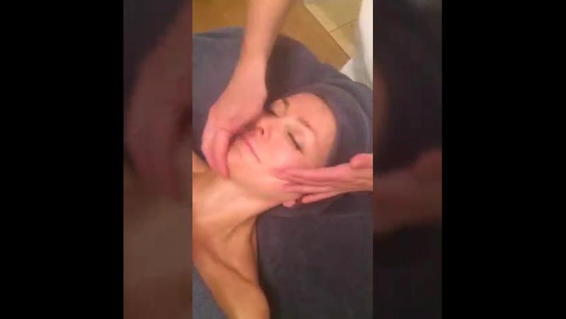 Японское искусство массажа лица Екатеринбург Школа Тонус Ведущая курса Еремеева Марина Москва