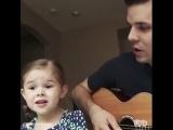 Чудесно поют эти двое!