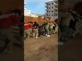 Свидетельствуйте узников бригады Хамза черными львами в Африне