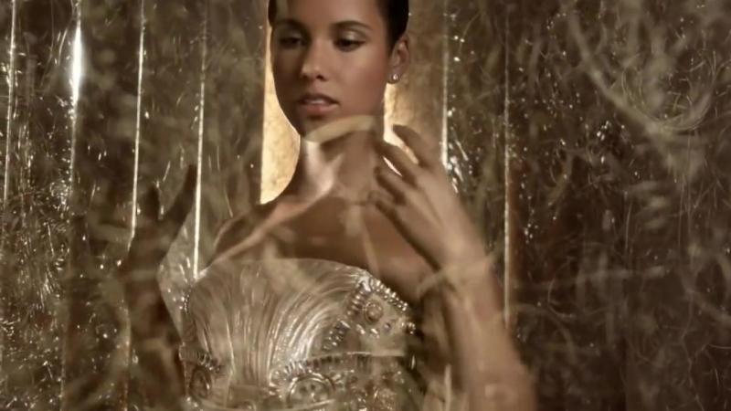 Dahlia Divin le nouveau parfum Givenchy.mp4