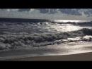 Море красиво в любую погоду . И в тишь и в шторм Люблю море всякое .И ветер люблю .