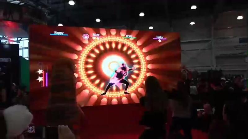 Comic Con - Just Dance танец динозавра
