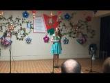 День учителя. Девочка красиво поет. Песня про учителя.