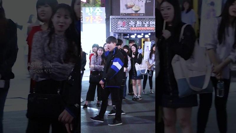 170503 디오비 DOB Park Jin 박진 신촌공연 《EXO - Monster》