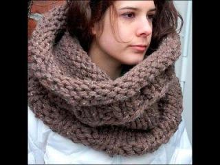 Вязание для начинающих - как связать шарф спицами (шарф хомут) урок 2