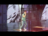 One Direction- Teenage Dirtbag (Wheatus Cover)- London- February 24, 2013- Matinee