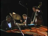 Salute to Bach - Oscar Peterson Trio.