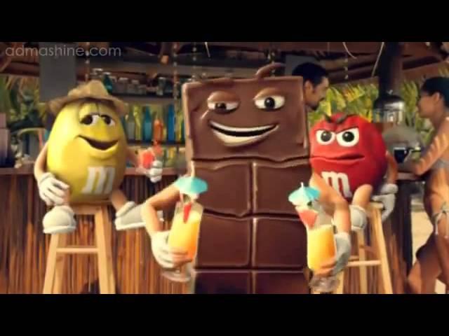 Реклама M M's шоколад на пляже