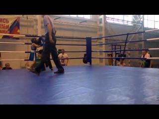 Богдан(энерджайзер)) 1 бой на ринге