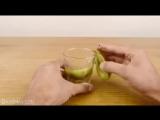 Как быстро чистить киви, манго и авокадо...