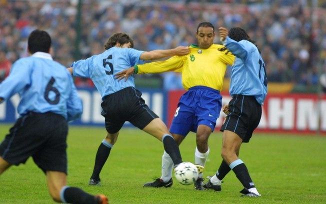 brasil uruguai 2001