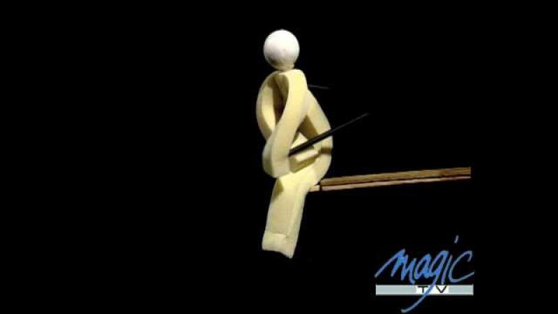 Le petit bonhomme en mousse - Jordi Bertran - LE PLUS GRAND CABARET DU MONDE