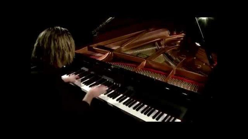 Виртуозная игра на рояле