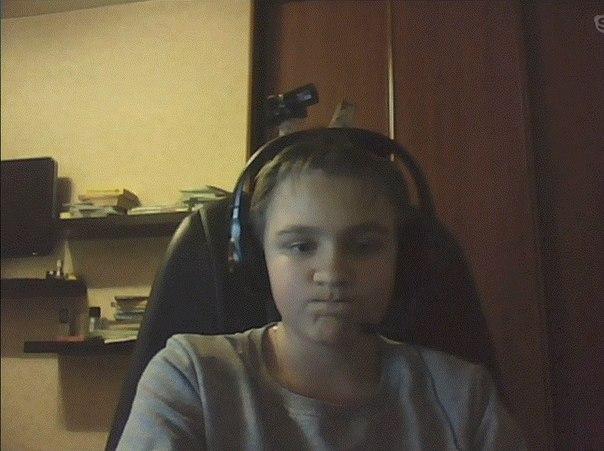 Видео мальчик дрочит перед вебкой фото 568-955
