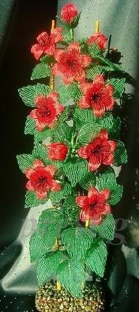Цветы и деревья из бисера.фото