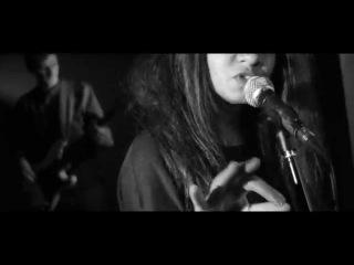 Aminata - Leave My Love Bleeding