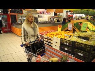Флешмоб в магазине Минска: покупатели и охранники запели оперу.