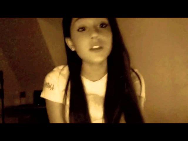 Ariana GrandeУмеет копировать любой голос..замечательно Кэтти Пери ,бритни спирс и шакиру..
