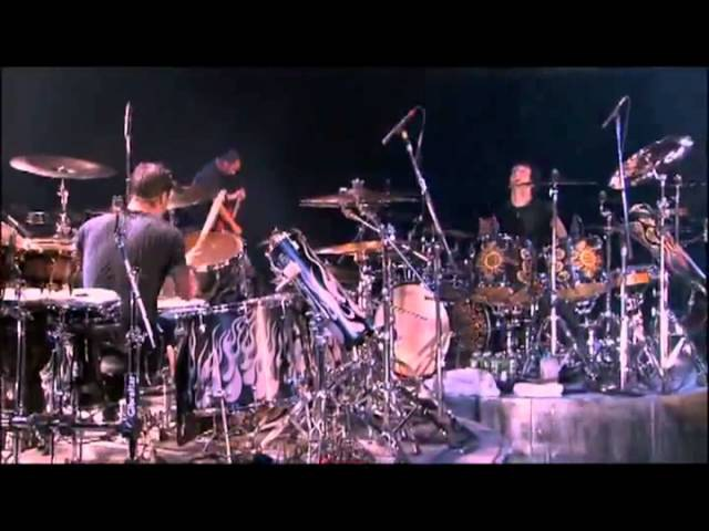 Godsmack - Drum Battle HD - Sully Erna vs Shannon Larkin - Batalla De Los Tambores (HD).flv » Freewka.com - Смотреть онлайн в хорощем качестве
