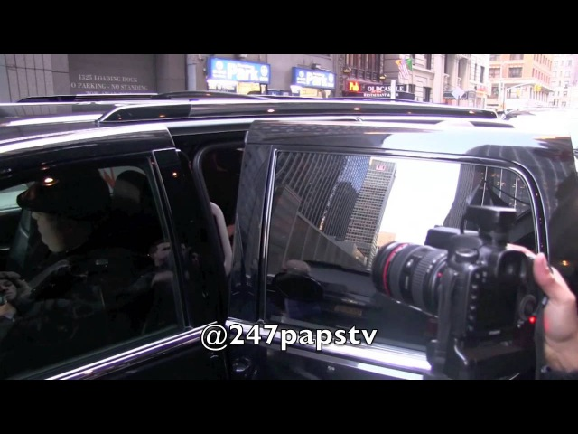 7 февраля 2013: покидая отель, Нью-Йорк | 2013