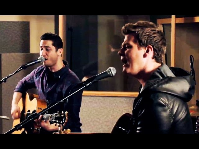 Fix You - Coldplay (Boyce Avenue feat. Tyler Ward acoustic cover) on Spotify Apple