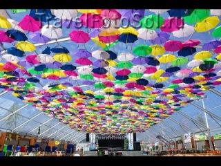 Umbrellas in the sky, Agueda. Guarda-chuvas no ceu, Agueda