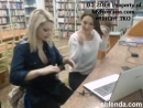 Две школьницы раздеваются в библиотеке. Устроили вирт в школе. Запись вирта  (анал молоденькая студентка школьница порно секс тр
