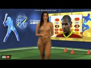 Венесуэльская телеведущая разделась в эфире в честь победы сборной
