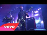 Queens Of The Stone Age - My God Is The Sun (Live on Letterman)
