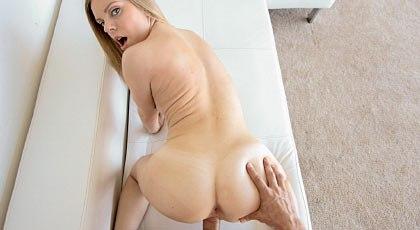 Sexo pov con la fogosa Trisha