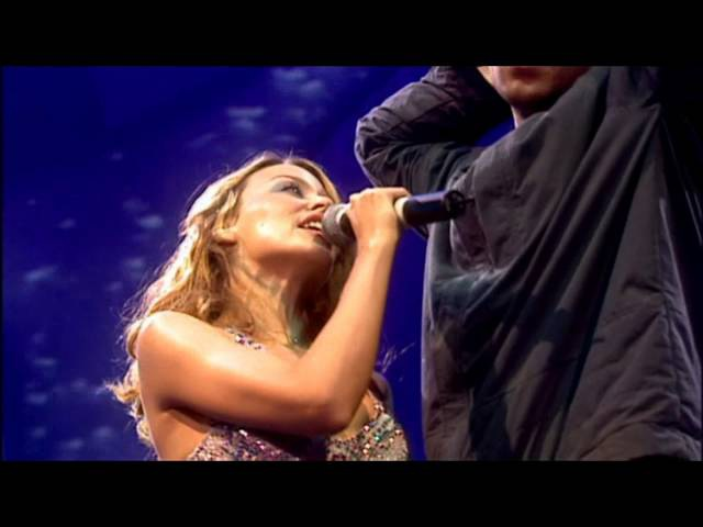 Kylie Minogue Robbie Williams - Kids (Live Manchester 2000) HD
