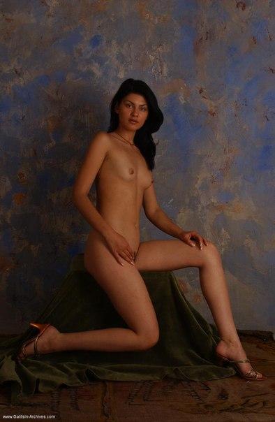 junges modell sucht die erfahrene frau Saaldorf-Surheim