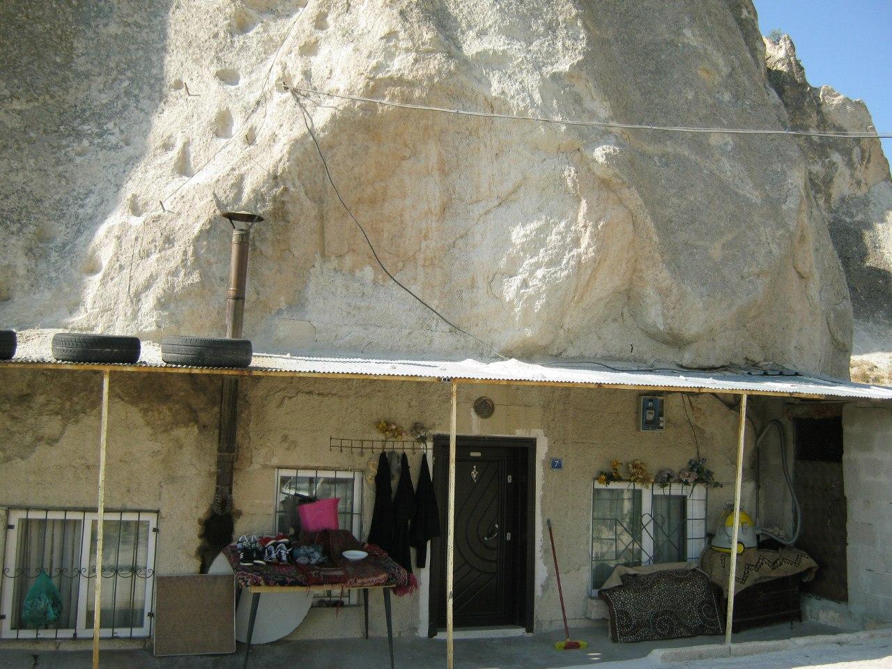 пещерный жилой дом около Гёреме