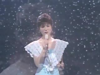 Аки Ясиро - Японская песня
