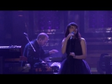 CHVRCHES - Leave a Trace (Live on The Tonight Show starring Jimmy Fallon)
