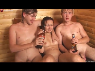 Видео девченку напоили и отымели фото 106-844